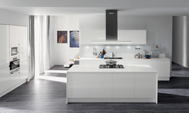 masca laccata modern white kitchen