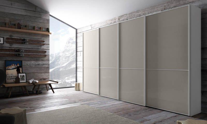 Custom closets by Pianca, custom closet design, custom closet solutions, custom-built closets, closet installation, high-end closets, high-quality closets, Italian closet, modern design