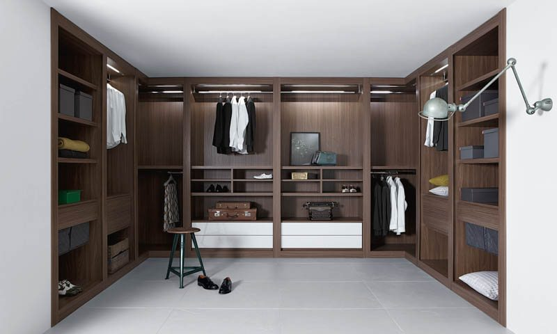 walk-in Custom closets