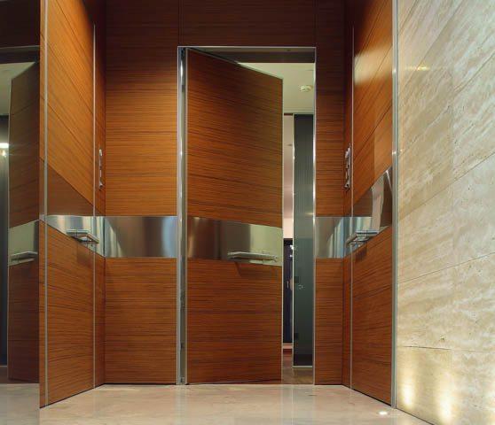 Oikos Synua Wall System front doors, exterior doors, safety doors, entry doors, exterior door installer, high-quality entry doors, custom front doors, custom entry doors