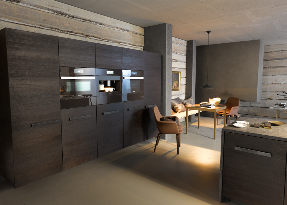 Miele built in oven earns design award european cabinets for Chocolate kitchen cabinets with stainless steel appliances