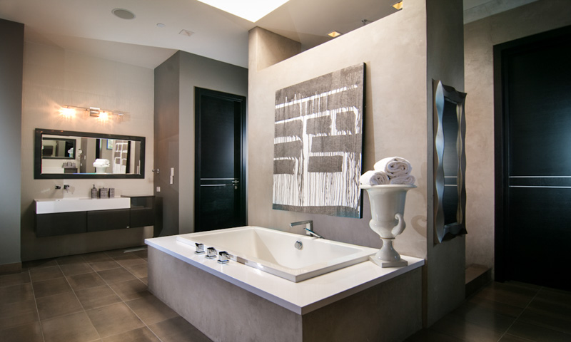 Palo Alto Contemporary Kitchen Bathroom