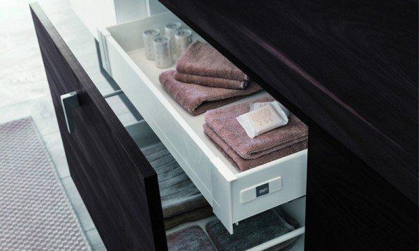 Modern bathroom vanity design