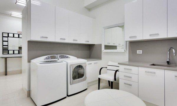 Miami modern kitchen remodel laundry room