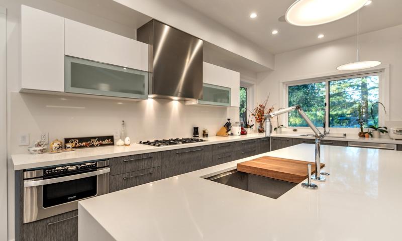 Explore our portfolio european cabinets design studios for Modern european kitchen cabinets