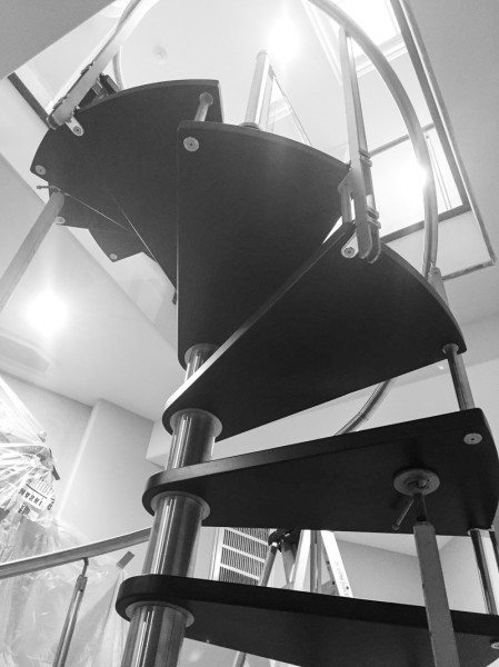 How to Install a Spiral Staircase-IMG_1225