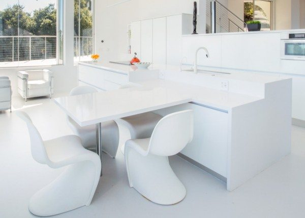 Built-in kitchen table