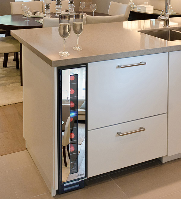 Vinotemp 7-Bottle Mirrored Wine Cooler