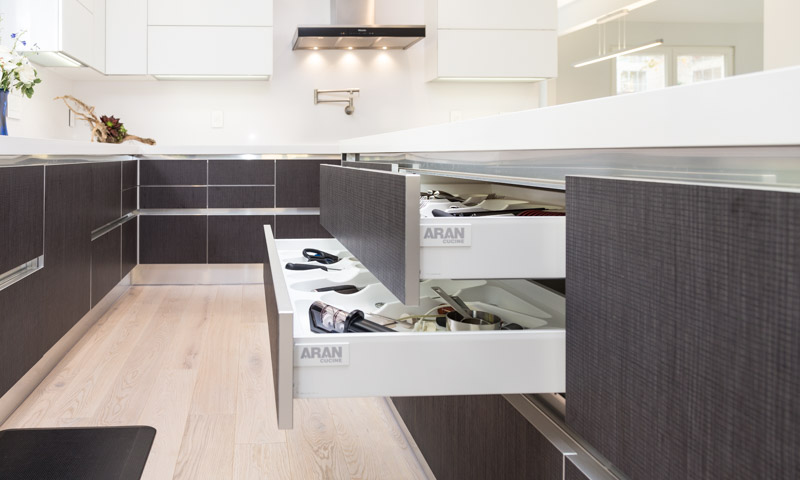 Explore our portfolio european cabinets design studios - Kitchen and bath design center san jose ...