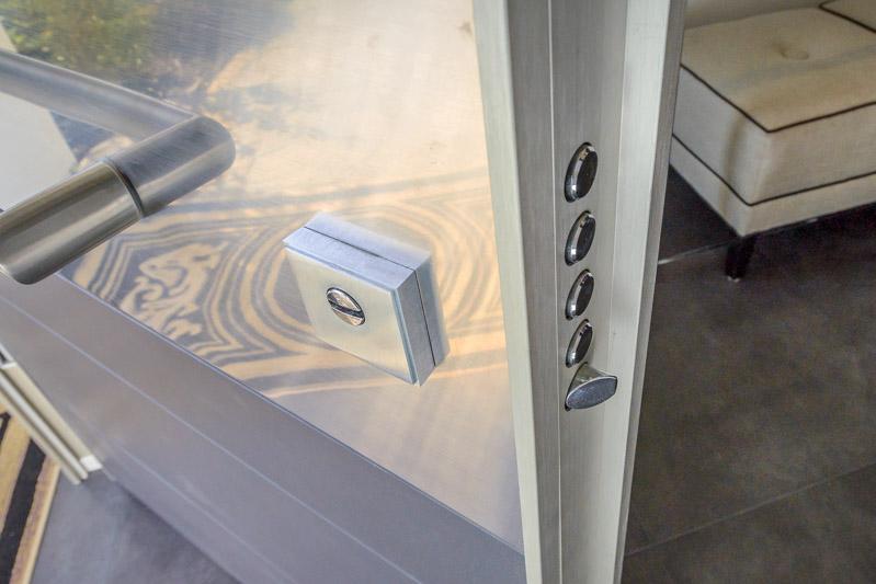 7 tips choosing front door