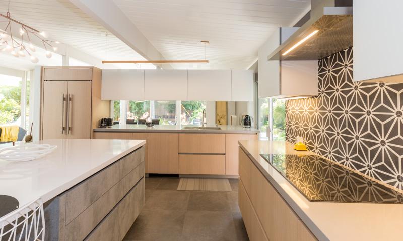 Explore our portfolio european cabinets design studios for Aran world kitchen cabinets
