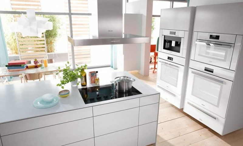 Best professional wall ovens for home cooks european - Miele kitchen cabinets ...
