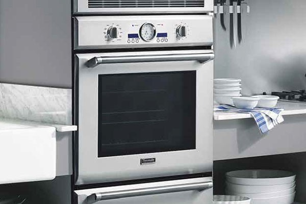 """Thermador 30"""" Professional Series Single Oven POD301J"""