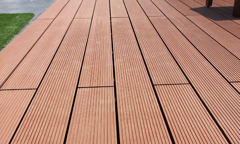 composite decking material