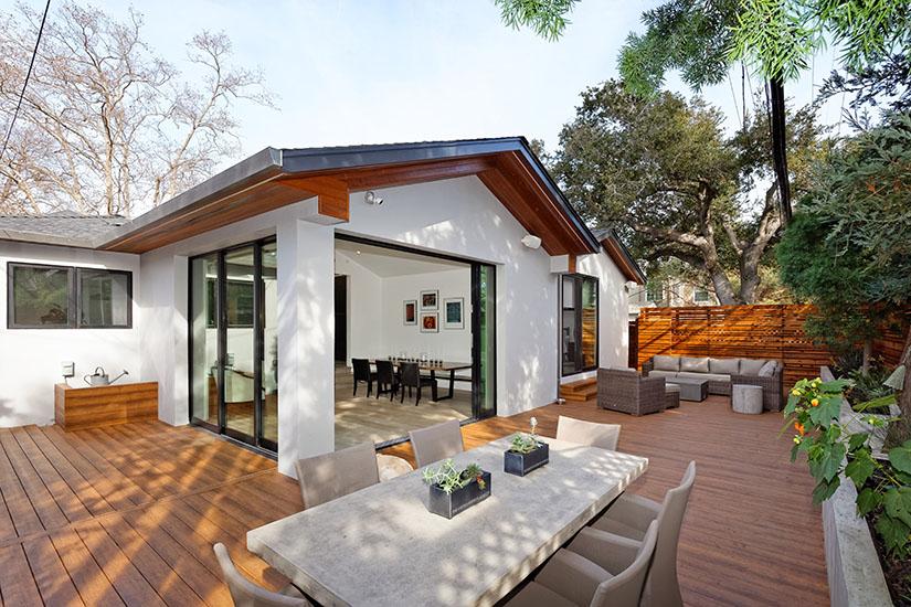 Hardscape showing off modern house design